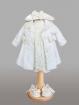 Set alb-crem cu rochita, palarie, palton si botosei